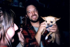 mean chihuahua (EllenJo) Tags: birthday party people chihuahua person fiesta birthdayparty celebration cocktailparty growl vicious humans clarkdale meandog clarkdaleaz ellenjoroberts ellenjdroberts ejdroberts ellenjocom