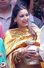 abhishek bachchan aishwarya rai wedding picture