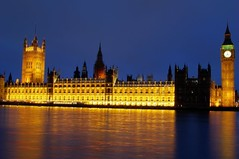 Parlamento Britnico e o Big Ben em HDR 2 / Houses of Parliament and the Big Ben in HDR 2 (Marcio Cabral de Moura) Tags: uk greatbritain trip winter vacation london tourism rio thames night river geotagged europa europe janeiro unitedkingdom sony january frias parliament bigben noturna londres gb viagem h2 inverno turismo hdr thamesriver 2007 reinounido parlamento riotmisa tmisa grbretanha