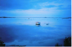Blue Boat (innpictime ζ♠♠ρﭐḉ†ﭐᶬ₹ Ȝ͏۞°ʖ) Tags: blue sunset sea film 35mm boats north norfolk salt marsh brancaster staithe