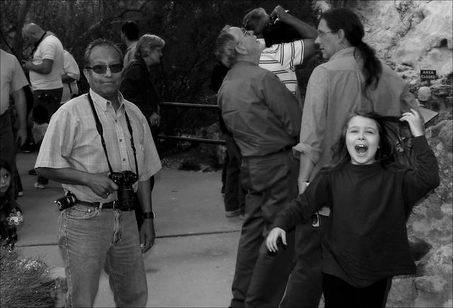 Photographing photographers at Montezuma's Castle, Arizona