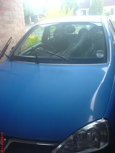 car smashed-02
