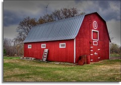 Barns (Wenspics) Tags: sky clouds barn rural spring bravo farm hdr opt jesters superhearts tribehorizons gempics
