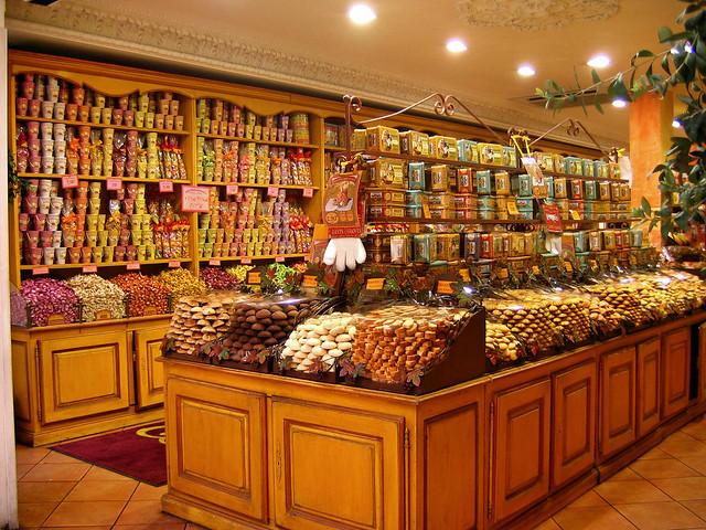 holiday france nice sweets provence oldtown nizza nissa pâtisserie staremiasto francja nicea prowansja urlop słodycze provençale