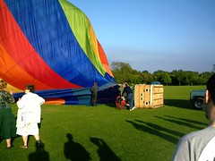 IMAG0201 (yxxxx2003) Tags: new blue red hot green air baloon ballon balloon milton keynes mk yello 2007 balon olney hotairballon yxxxx