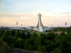 stade olympique in the morning, 5:!7 a.m.