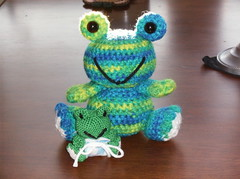 Mommy and Baby Frogs (Crazy Snicks) Tags: baby cute green little handmade mommy crochet mini frog diaper yarn tiny poop frogs poo amigurumi knitty