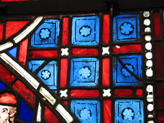 Stained Glass Lattice Detail (The Loopweaver) Tags: nyc newyorkcity blue red newyork art museum catchycolors stainedglass medieval artmuseum middleages metropolitanmuseum metropolitanmuseumofart metmuseum artmuseums catchycolorsred catchycolorsblue medievalstainedglass
