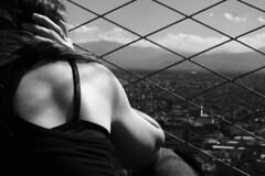 abrazo humano (jbilohaku) Tags: woman love mxico mexico mujer mexicocity amor amo ciudaddemxico meksikurbo meksiko virino ltytr2 ltytr1