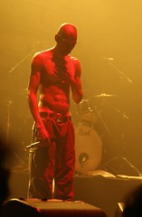 Faithless @ Webster Hall: Maxi Jazz (Fully Undressed) - by ultrahi