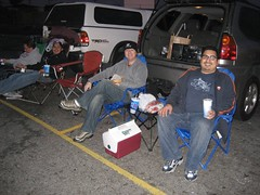 A night at LA County's last operating drive-in movie theater. (04/14/07)