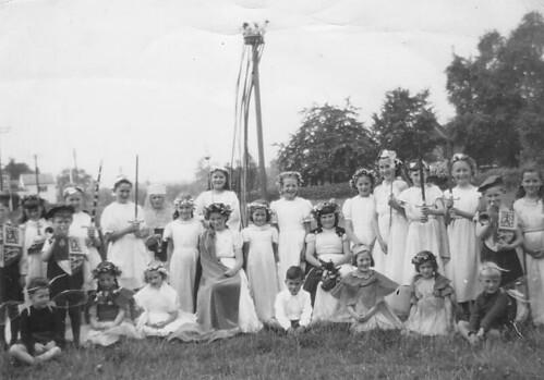 Maypole 2 1953