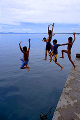 Albuera Pier - Children at Play (jeridaking) Tags: children albuera play dive five sky sea pier jump arms spread blue capture run pinoy kids leyte philippines visayas iipcphoto ormoc asia southeastasia jeridaking fortheloveofphotography ralph matres people folks characters pilipinas wwwiipcphotocom iipc canon 350d rebelxt filipino ormocanon ormocphotographer leytephotographer bisaya bisdak