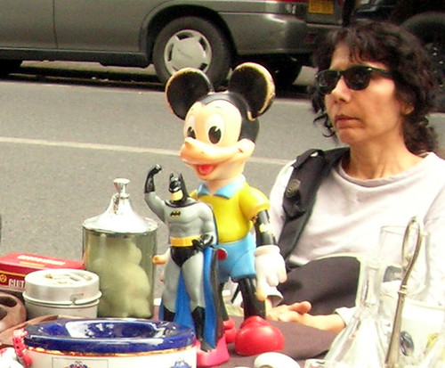 paris mickeymouse batman carbootsale videgrenier atticsale