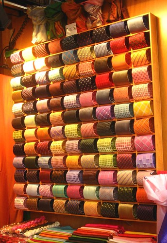 Display of ties in the Rialto market