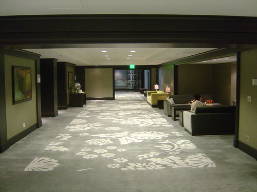 Sofitel Los Angeles: hallway of the meeting rooms
