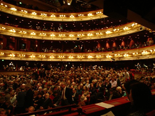 Main Auditorium at the Royal Opera House. Photo: Yakinodi © Source: Flickr