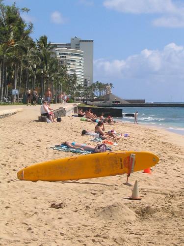 queen's surf beach
