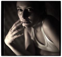 portrait of an artist (pixelwelten) Tags: portrait woman art analog mediumformat dark photography fotografie kunst hamburg sensual medium format nah analogue emotional delicate intimate mittelformat intim sinnlich sinnliche nachhaltig pixelwelten emotionale rdigerbeckmann wwwpixelweltende beyondvanity jenseitsvoneitelkeit ruedigerbeckmann