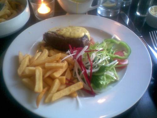 Friet met steak