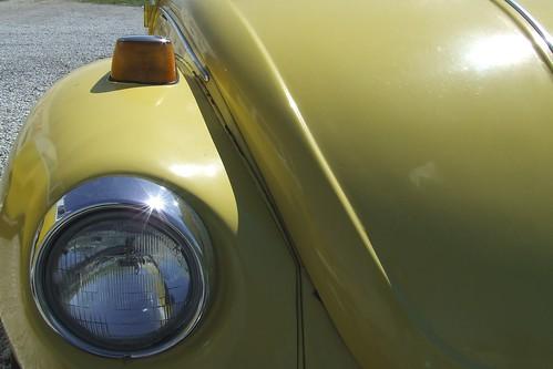 thursday::yellow
