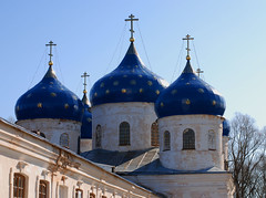 Gold on blue (anple) Tags: church russia novgorod ortodox bluer