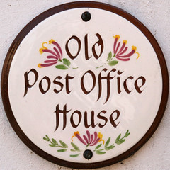 Old Post Office House (Leo Reynolds) Tags: canon eos iso400 squaredcircle housename f11 30d 10up3 0003sec 0ev 95mm hpexif sqrandom 28000th grouphousenames xsquarex sqset018 xleol30x xxx2007xxx xratio1x1x