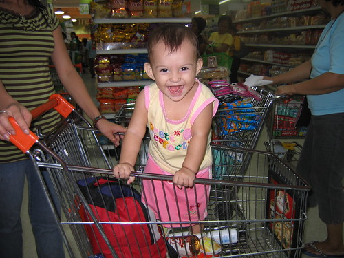 Charlize shopping cart