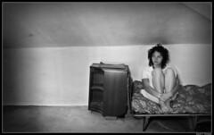 La habitacin (DavidGorgojo) Tags: portrait bw woman bed mujer retrato room bn cama loca aida habitacion goldenphotographer