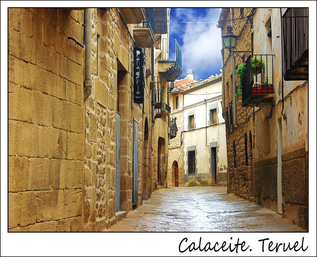 Photo d'Aragon n°5. Rue du village de Calaceite dans la Province de Teruel