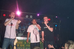 Farma, Remus & Chester (Keenooooo) Tags: music brighton dj live mc hiphop rap deejay rapper remus emcee concorde2 taskforce ukhiphop chesterp farmag beerrap