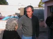 Lic. Sergio Cóser junto a una vecina de Bº Belgrano