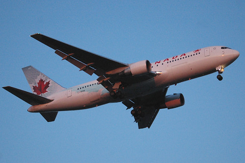 AC 767-200ER C-FBEM