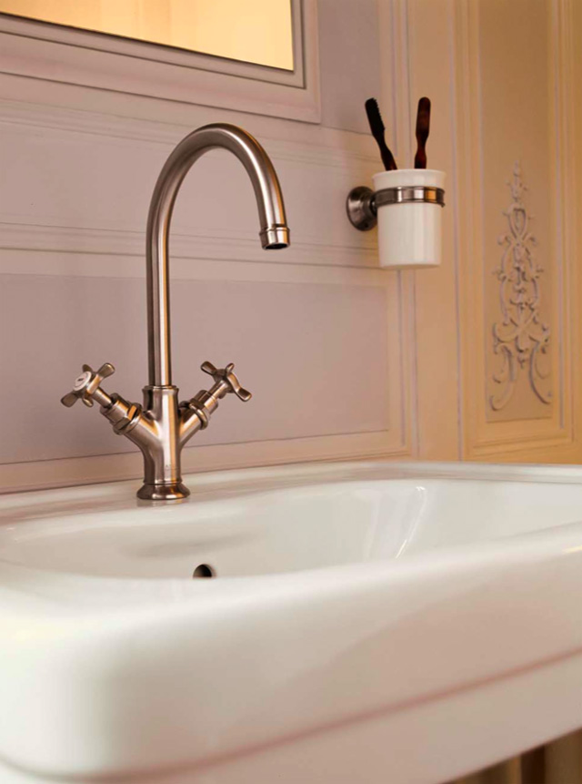 Stylish faucets for the bathroom | Veerle\'s blog