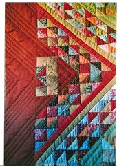 """Collines Toscanes"" dtail (manu/manuela) Tags: triangles vintage quilting quilts textiles patchwork manuela warmcolors handquilted deepcolors couleurschaudes quiltmain"
