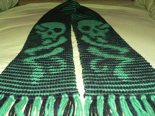 Я сейчас работаю над очень интересным заказом (несколько шарфов в технике иллюзорного вязания) и соответственно...