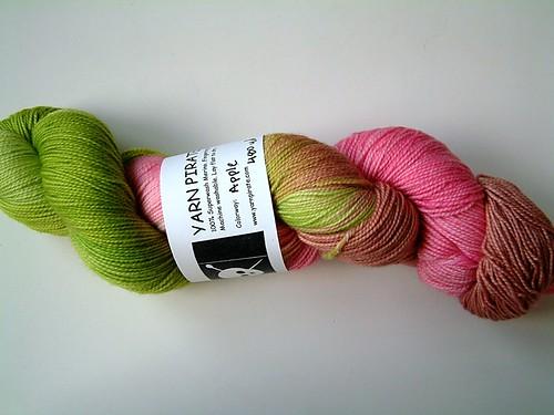 Yarn Pirate- Apple