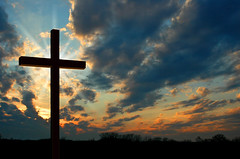 Cross at Sunset (serenafreeman) Tags: cross christianity christ jesus naturalworld nobody landscape sunset religion silhouette horizon unitedstatesofamerica