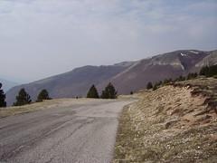 on the sibillinis (norvegia2005sara) Tags: italy mountains sara country ontheroad umbria castelluccio sibillini norvegiasara