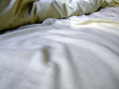 Sheets (Mockney Rebel) Tags: white bed fuji sheets finepix fujis9600 againstflickrcensorship