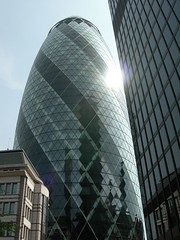 The Gherkin, London (Jacqi B) Tags: travel windows england london tower glass architecture skyscraper buildings cool shiny icons calendar icon moo fave explore normanfoster iconic gherkin modernarchitecture thebest 30stmaryaxe 2007 swissretower myfaves invited favourited visittheworld londonlondon moo1 cotcmostfavorited greatshotpool greatpool amateurspool moocards mooable englandpool windowskills sonnetwalk travellerslandmarks urfavspool 125viewslandscapeslandmarkspool travelpages jacqistravels 36favedjan08 travelicon photographsiconic ingroupflickrgiants