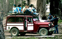 Jeep (Gloria Zelaya) Tags: people mxico jeep realdecatorce sanluispotosi dflickr gloriazelaya dflickr180307 dflickr14