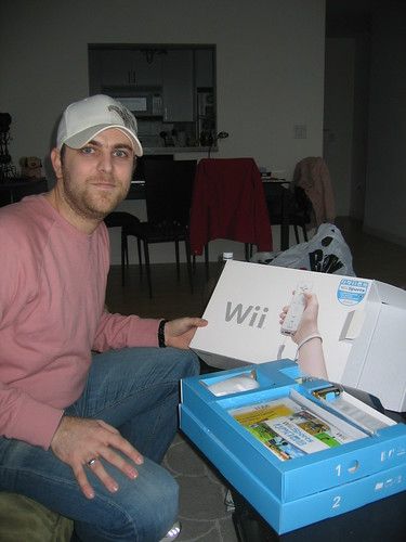Wii Unboxing by Sylvain S3.