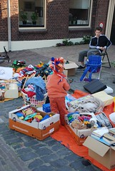Koninginnedag 2007, Queensday 2007 (Miek37) Tags: blue orange holland netherlands dutch nikon oranje koninginnedag schiedam nikor d80 nikond80 18135mmf3556g