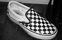 wanna play chess? (Patricia Lopez Cabrera) Tags: shoes vans dirtyshoes madeinchina slipon pentaxk10d