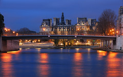 Paris City Hall by a Cloudy Night HDR | davidgiralphoto.com (David Giral | davidgiralphoto.com) Tags: city bridge blue sky chien david paris france seine night port river de hotel evening la hall nikon