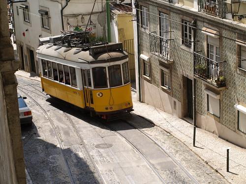 Lisboa - Calçada de São Vicente