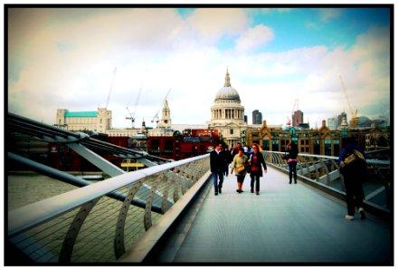 Millennium Bridge (London)