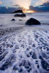 Oregon Beach Sunset (KPieper) Tags: ocean sunset nature oregon landscape coast waves tide pacificnorthwest pnw godrays naturesfinest abigfave anawesomeshot diamondclassphotographer kevinpieper kpieper kpieperphotography pieperphotographynet