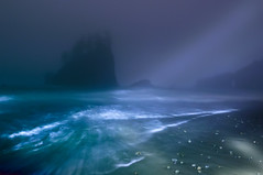 Second Beach Slipping into the Night (Fort Photo) Tags: vacation mist lightpainting beach nature weather misty fog night landscape outdoors washington nationalpark nikon bravo surf waves state pacific northwest nps foggy stormy led ethereal pacificnorthwest wa flashlight mystical olympic olympicnationalpark peninsula pnw sureal 2009 secondbeach seastack seastacks onblue d300 abw nothdr ocenan aplusphoto